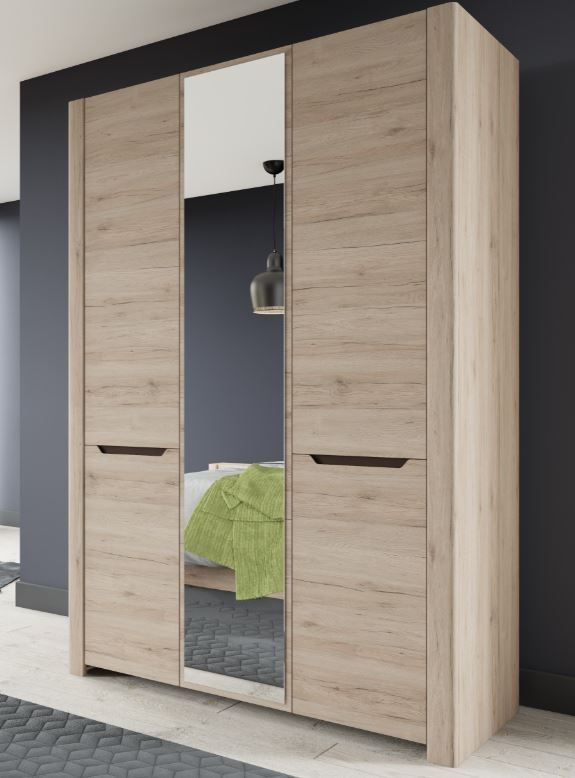 Selby Light Oak Effect 3 Door Large Wardrobe With Mirror